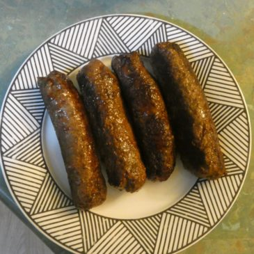 Skinless Beef, Thyme and Pepper Sausages